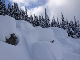 Blackcomb Opening Weekend :: Fresh powder on the Byte