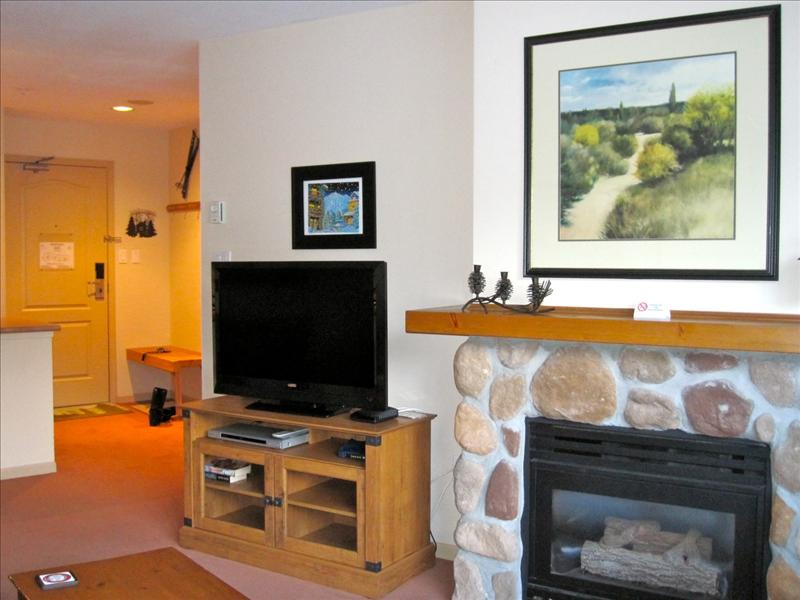 Whistler Accommodations - Gas fireplace and flatscreen TV - Rentals By Owner