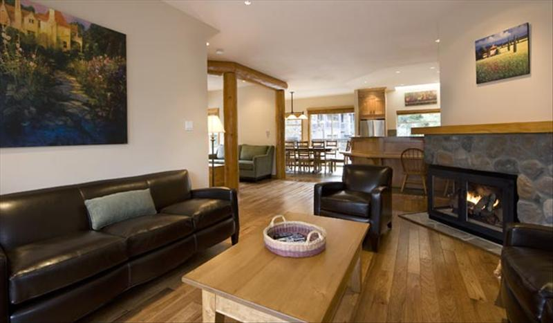 Whistler Best Ski In-Out Location :: Snowy Creek 5 Bedroom, HotTub