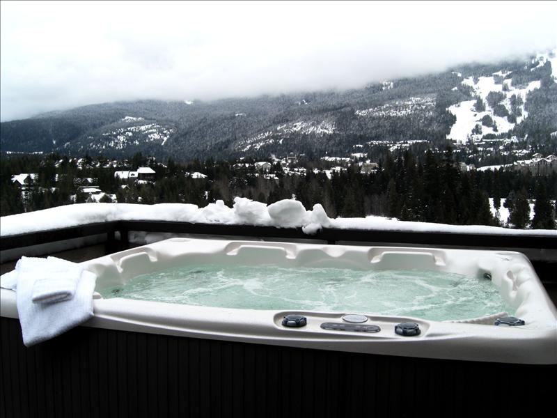 Whistler Ironwood-Luxury Corner Penthouse-Prime Ski Season