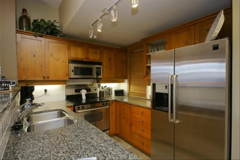 Whistler Accommodations - Fully equipped kitchen with everything you need to cook a gourmet meal - Rentals By Owner