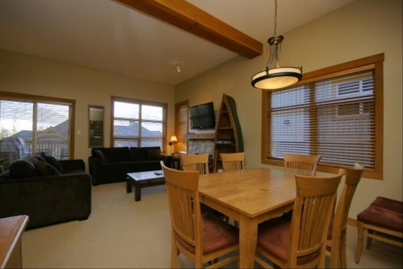 Whistler Accommodations - Open concept living and dining area - Rentals By Owner