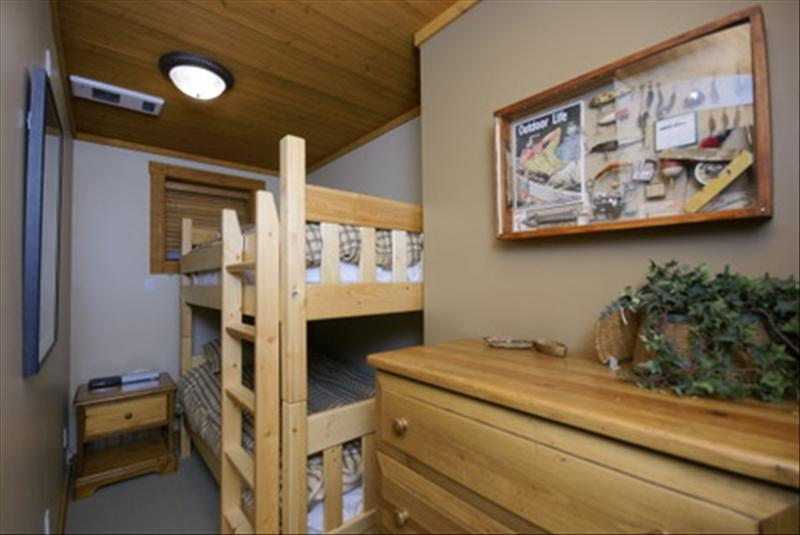 Whistler Accommodations - Third bedroom with bunk beds - Rentals By Owner