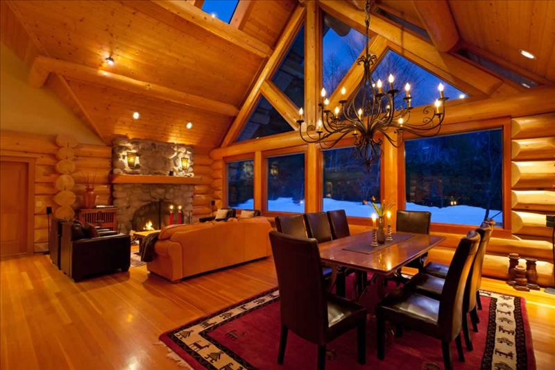Whistler accommodations scam free luxury log chalet Whistler cabin rentals