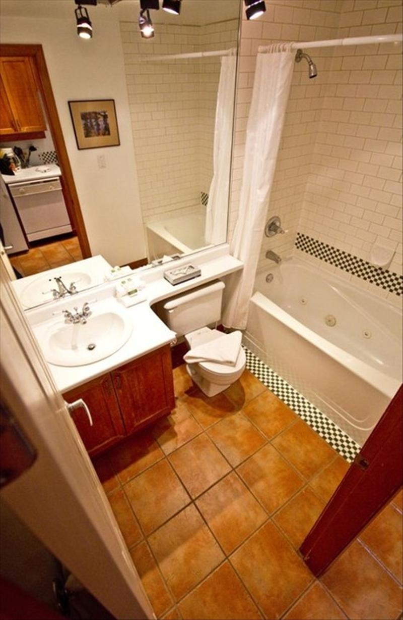 Whistler Accommodations - Bathroom with Jetted Tub - Rentals By Owner