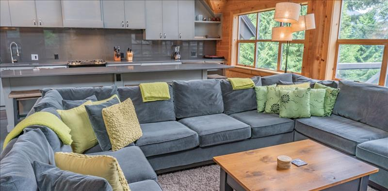 Whistler Accommodations - Spacious Living Room - Rentals By Owner
