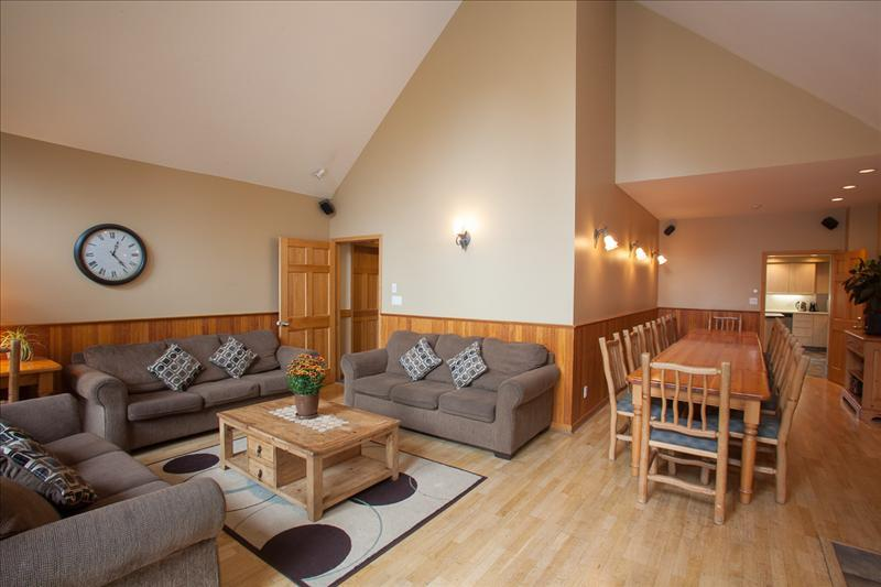 Whistler Accommodations - Living & Dining Room - Rentals By Owner