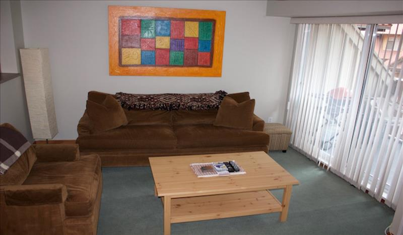 Whistler Accommodations - Stoney Creek Living Room - Rentals By Owner