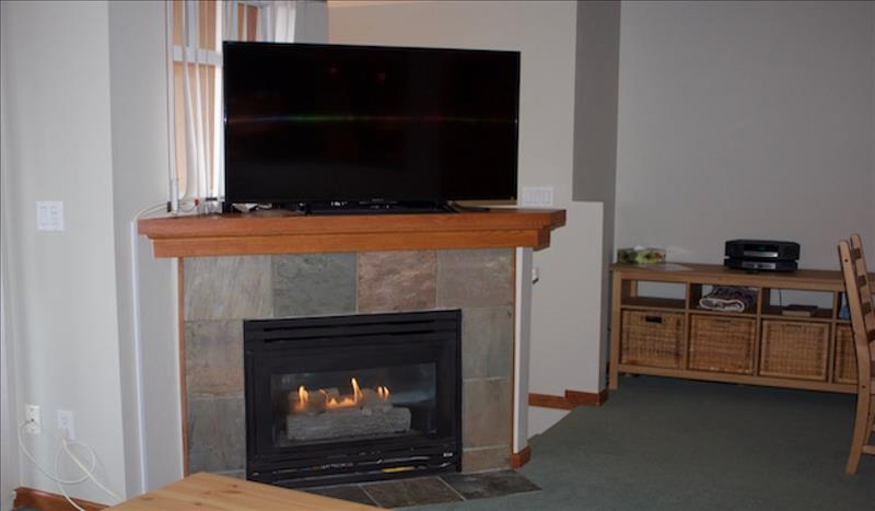 Whistler Accommodations - Gas Fireplace & Flatscreen TV - Rentals By Owner