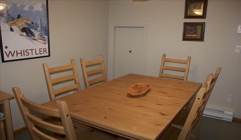 Whistler Accommodations - Stoney Creek Dining - Rentals By Owner