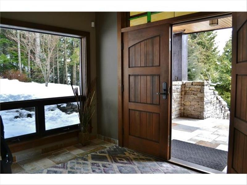 Whistler Accommodations - Entry Way - Rentals By Owner