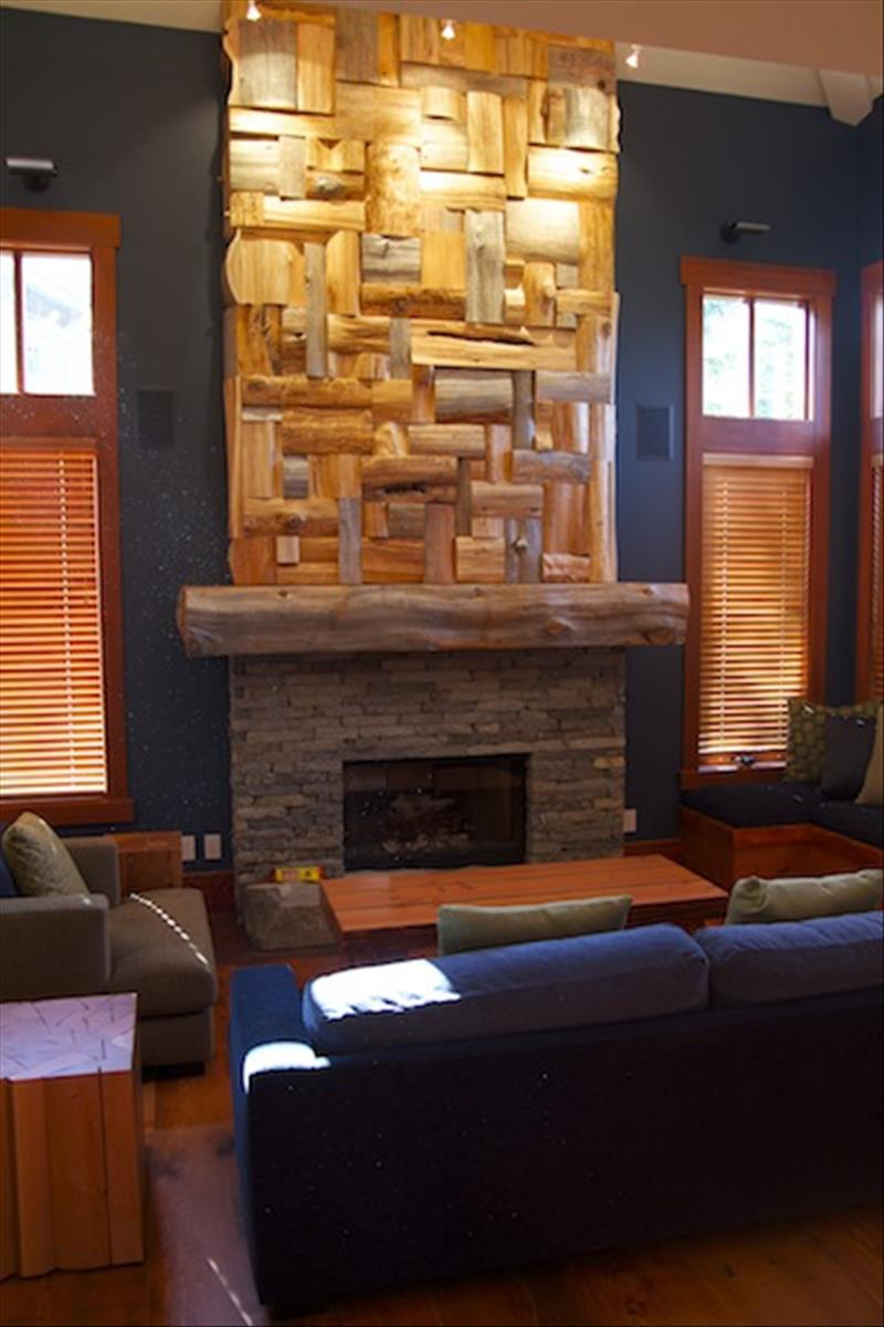 Whistler Accommodations - Whistler 7 Bedroom Rental Chalet Living Room - Rentals By Owner