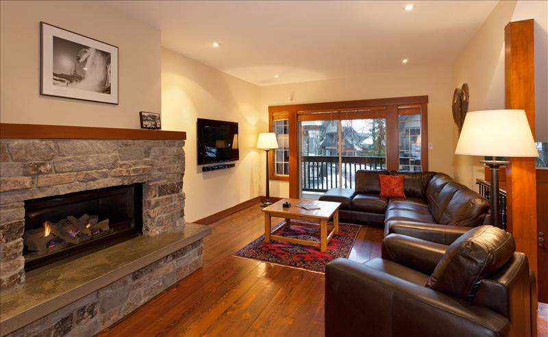 Whistler Snowy Creek, 5 Bedrooms,SKI-IN/SKI-OUT Location, Hot Tub Accommodation