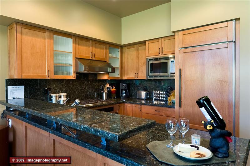 Whistler Luxurious Montebello Townhomes - Hot Tubs - Views Photos