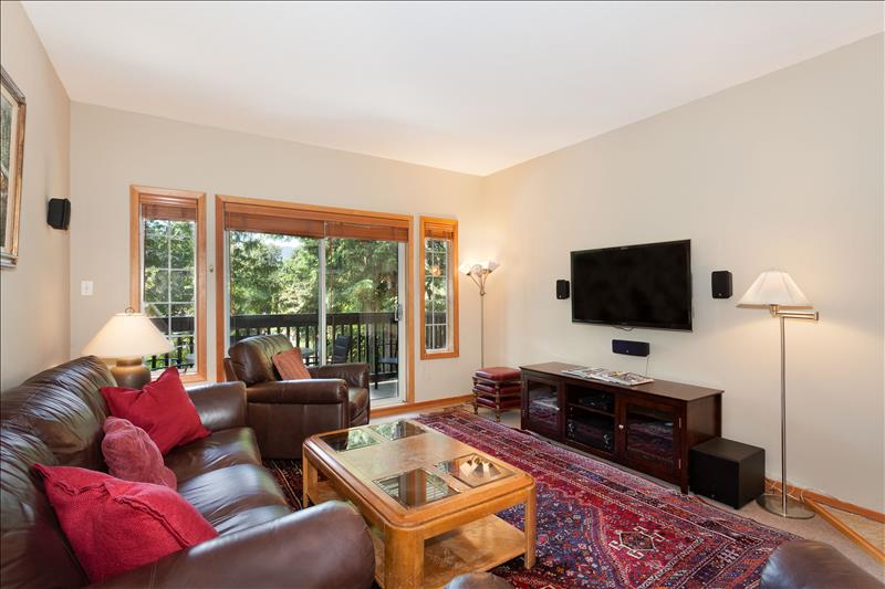 Whistler Accommodations - Snowy Creek Living Room - Rentals By Owner