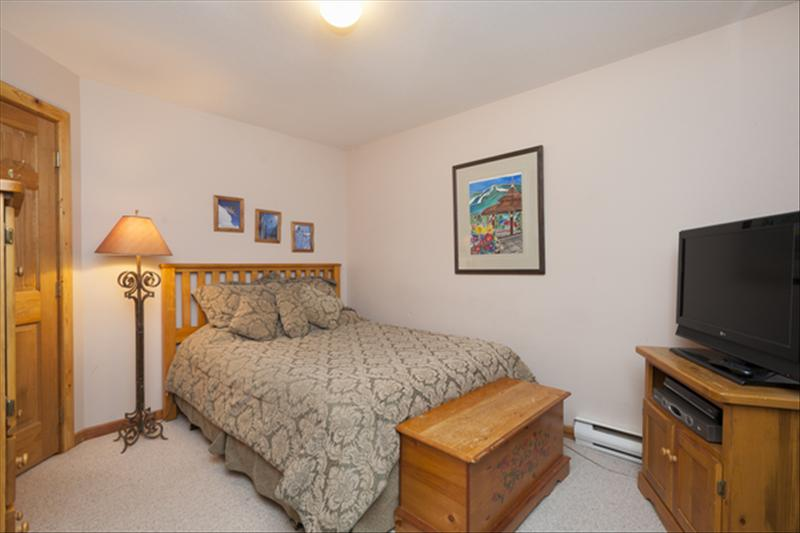 Whistler Accommodations - 1 Queen bed in 2nd bedroom. - Rentals By Owner