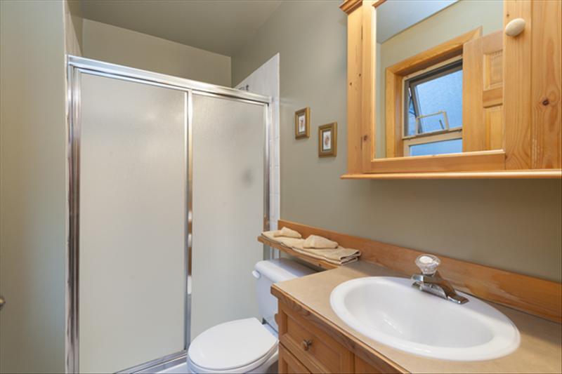 Whistler Accommodations - Nice bathrooms. - Rentals By Owner