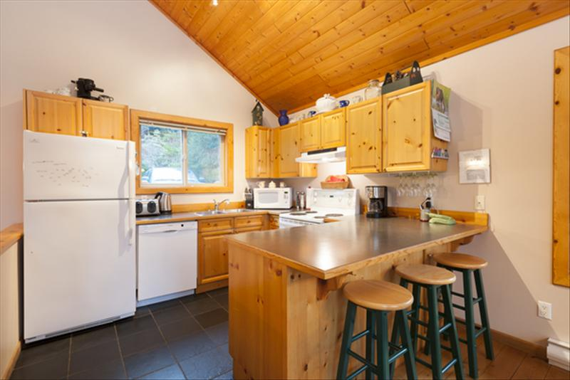 Whistler Accommodations - Fully equipped kitchen. - Rentals By Owner