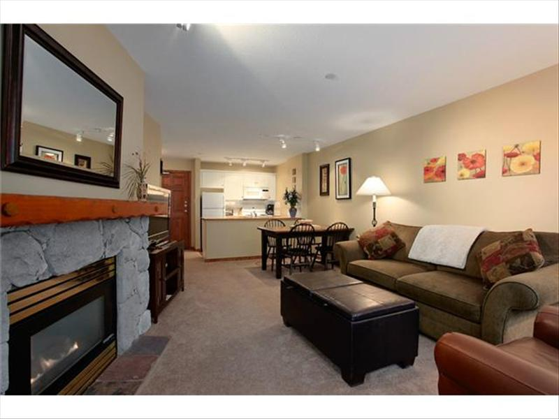 Whistler Accommodations - Flat Screen TV, Fireplace, Deluxe - Rentals By Owner