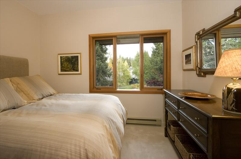 Whistler Accommodations - Bedroom 2 - Rentals By Owner