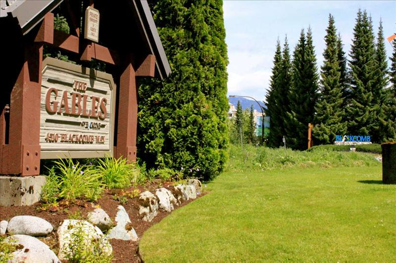 Whistler Accommodations - Whistler Gables 150 metres to the lifts - Rentals By Owner