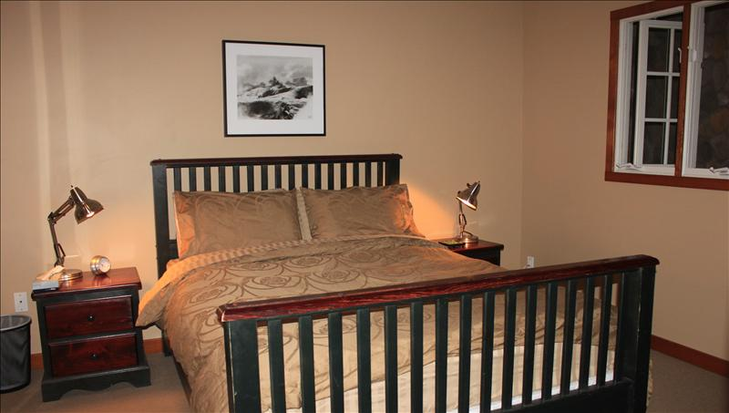 Whistler Accommodations - Queen size bed - Rentals By Owner