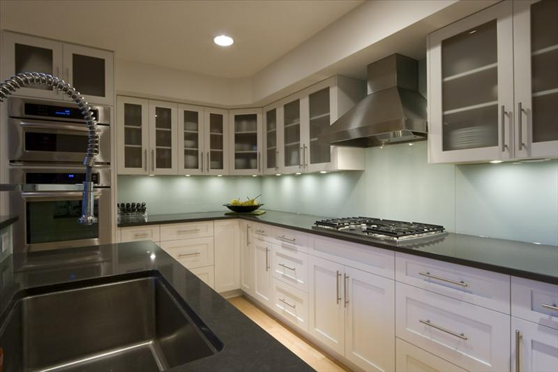Whistler Accommodations - Luxury Kitchen - Rentals By Owner