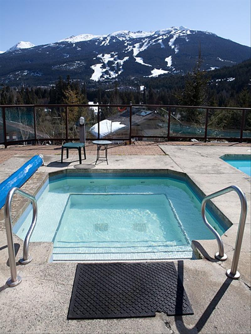 Whistler Whistler Christmas New Years 2 bedroom pool hot tub