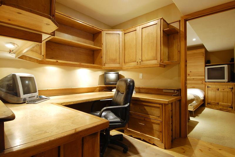Whistler Accommodations - Full sized office and 4th bedroom/tv room with Murphy bed - Rentals By Owner