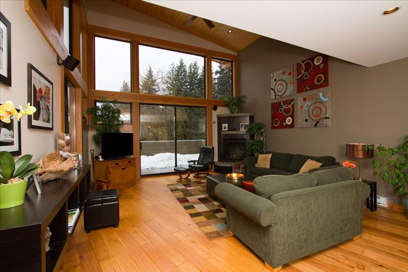 Whistler Ski Whistler Blackcomb 5 bedroom home for New Year's week