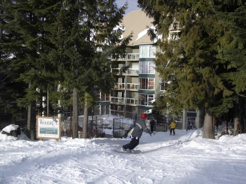 Whistler Woodrun Lodge -  True Ski-in Ski-out