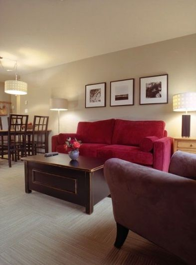 Whistler Deer Lodge Top Floor Suite With Updated Kitchen & Free Wifi