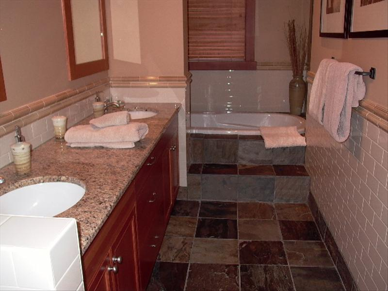 Whistler Accommodations - Taluswood Bathroom - Rentals By Owner