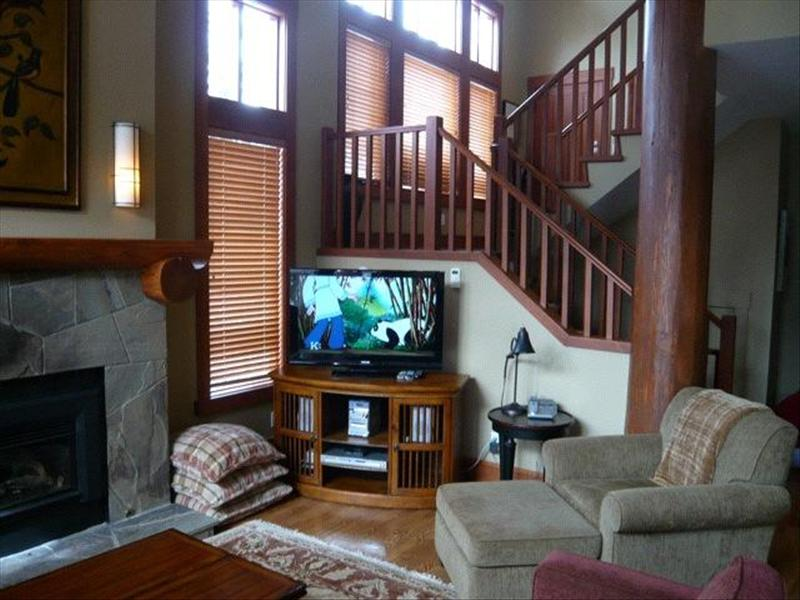 Whistler Accommodations - Taluswood Living with Lofted Ceilings - Rentals By Owner