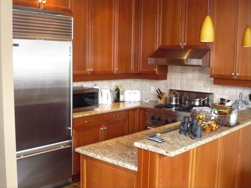 Whistler Accommodations - Taluswood Fully Equipped Kitchen - Rentals By Owner