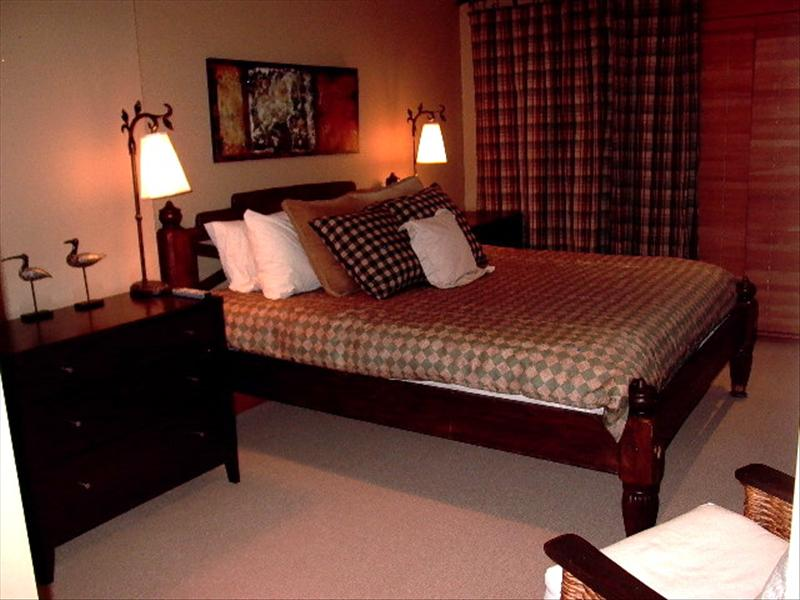 Whistler Accommodations - Taluswood Bedroom - Rentals By Owner