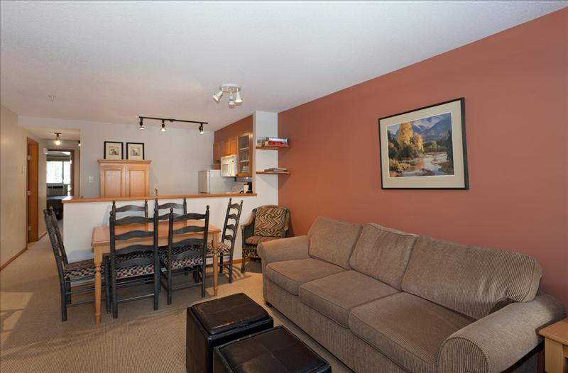 Whistler accommodations scam free two bedroom townhouse Whistler cabin rentals