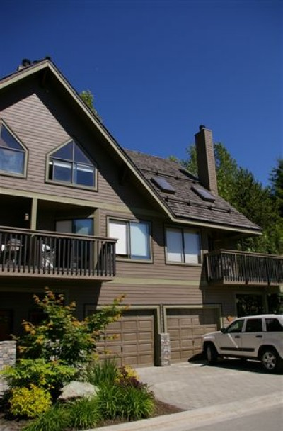 Whistler accommodations by owner fast search skishack Whistler cabin rentals