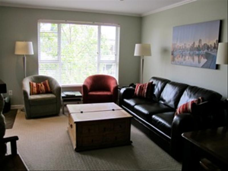 Whistler Top Floor Renovated Suite with Village & Blackcomb Views