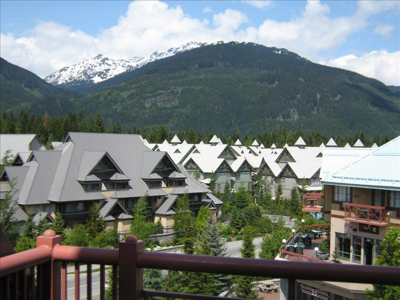 Whistler accommodations scam free alpenglow condo for Whistler cabin rentals
